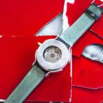 Uhr aus Autoblech - Tortuga Coccinelle - Atelier Horloges - Jochen Leopold