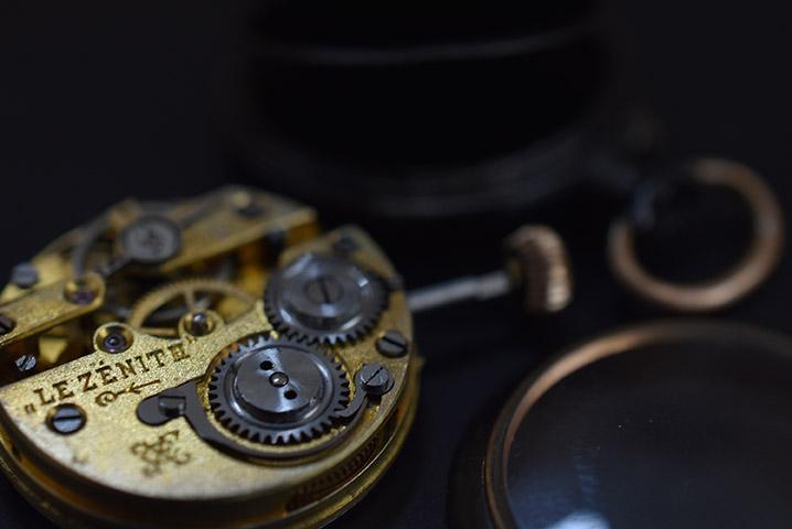 Geheimtipp für ausgefallene Uhren - Atelier Horloges - Jochen Leopold